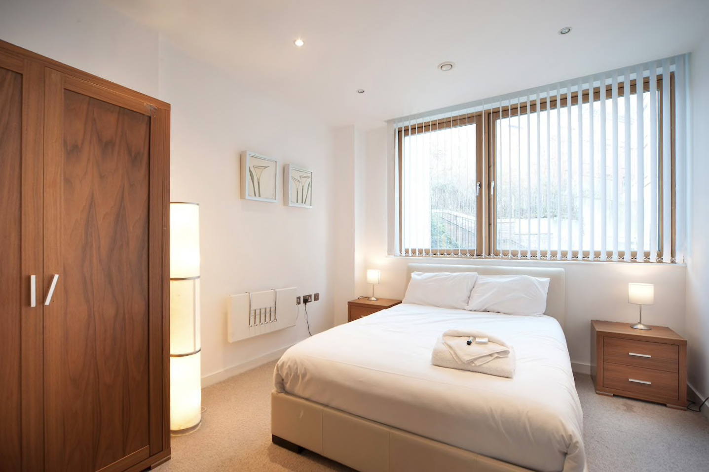 Stylish Quayside Apartment 2 Bed & 2 Bathroom - Newcastle Boutique ...